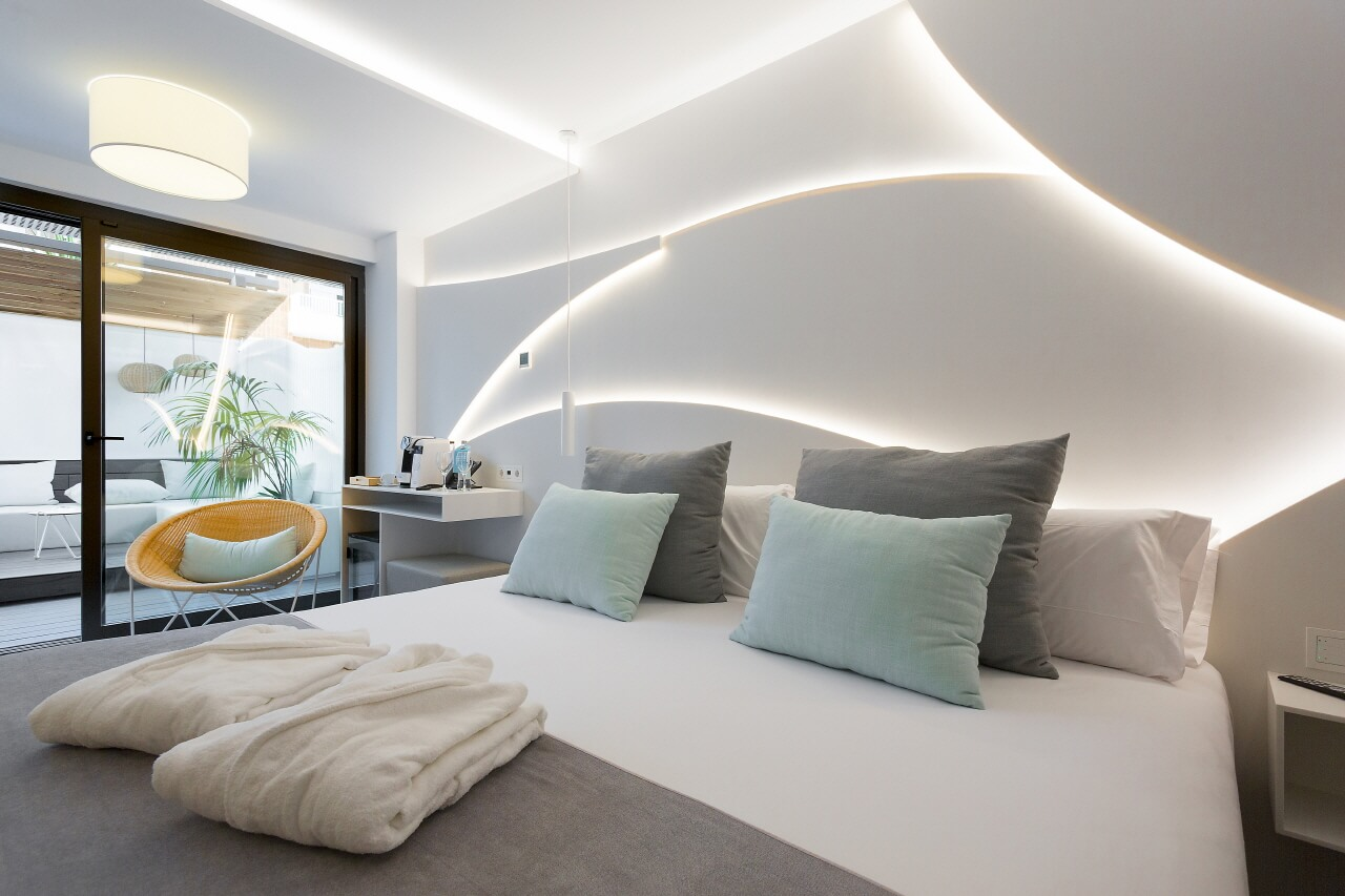 Top 5 Amazing Modern Bedroom Interior Designs That You Can Consider For Your Bedroom