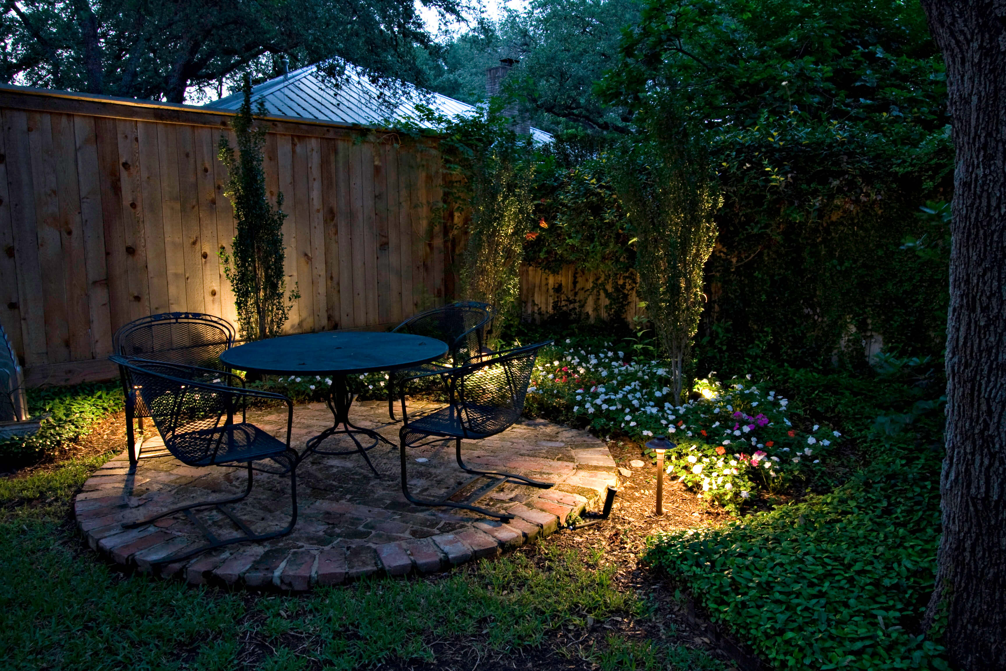 lights for outdoor living space