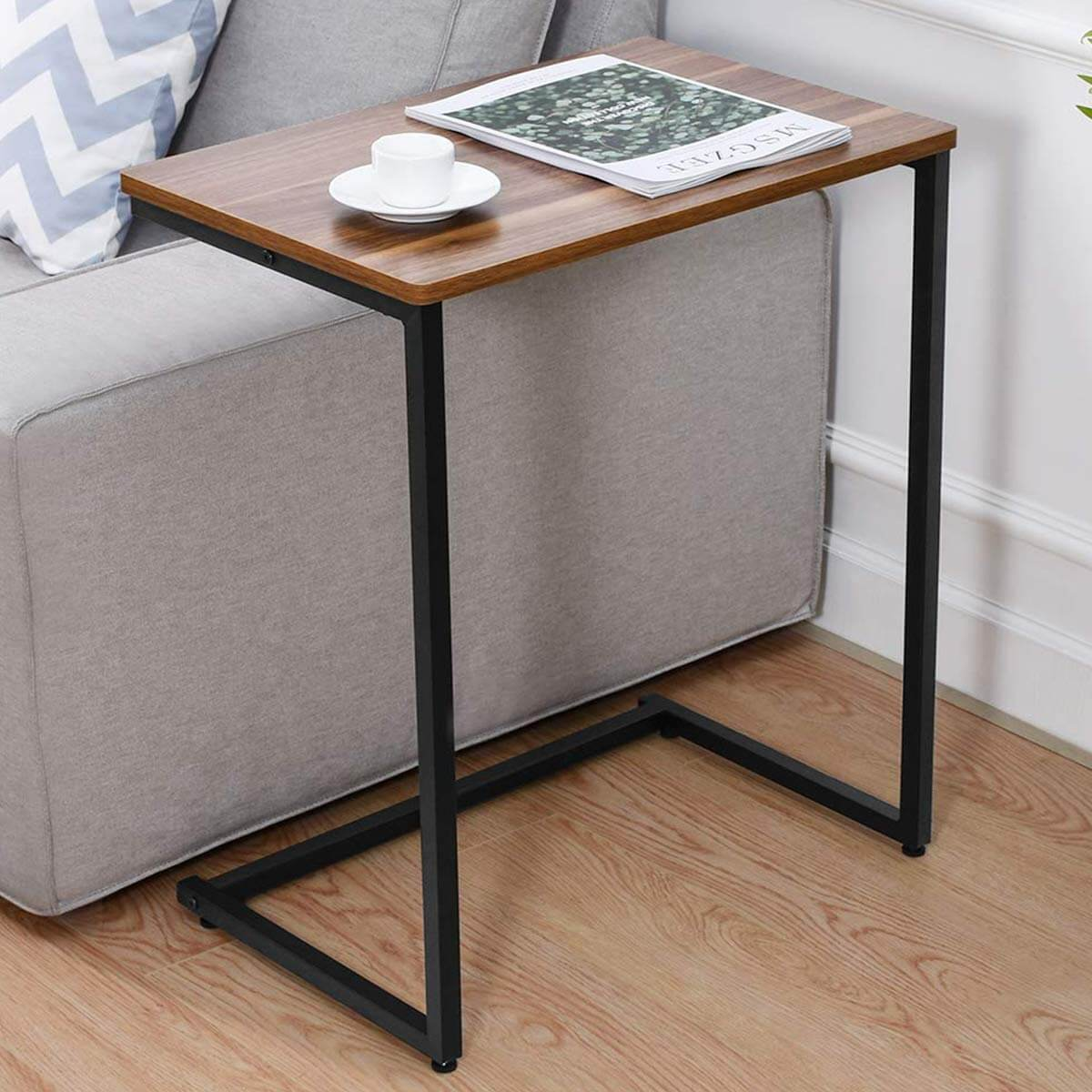 C Shaped desks for small spaces
