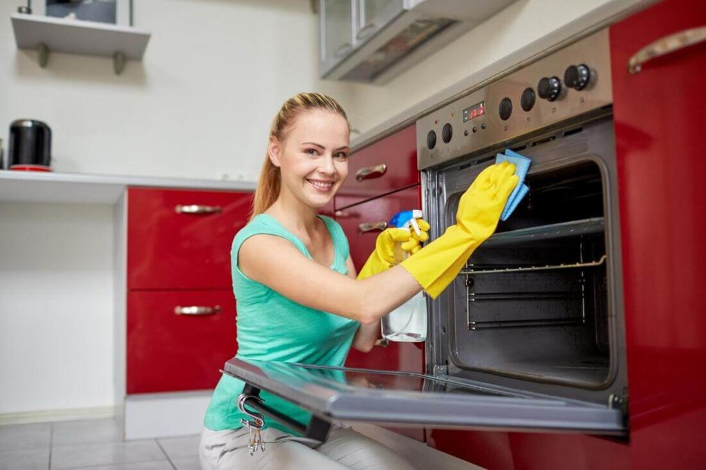 Move Out Cleaning Services: How To Clean Your Apartment Before Moving Out?