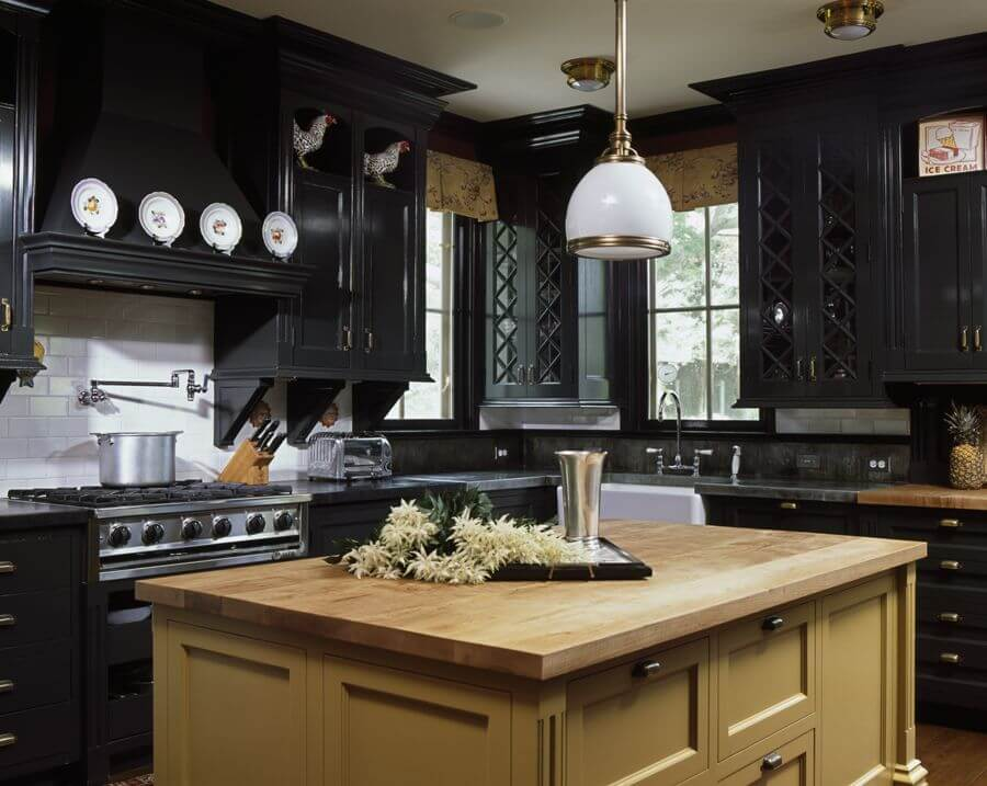 How Can Black Kitchen Cabinets Transform the Entire Look?