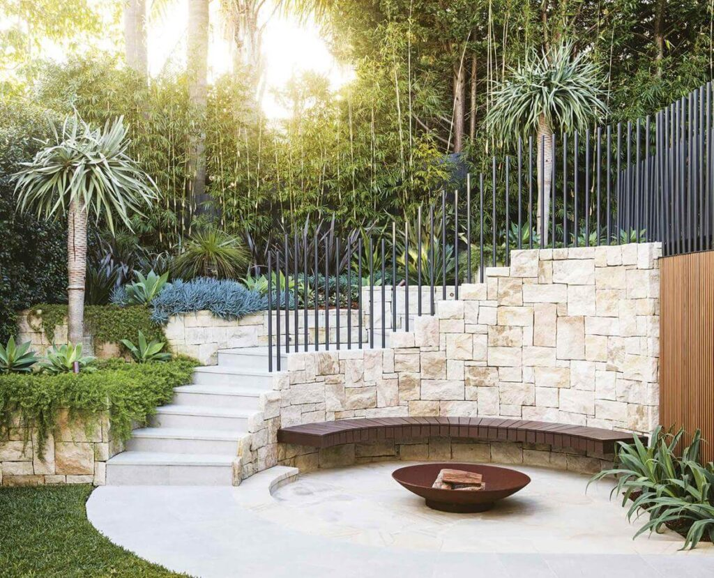 15+ Beautiful and Practical Retaining Wall Ideas for Garden