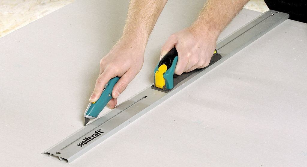 DIY Tricks and Tips – How to Cut Drywall?