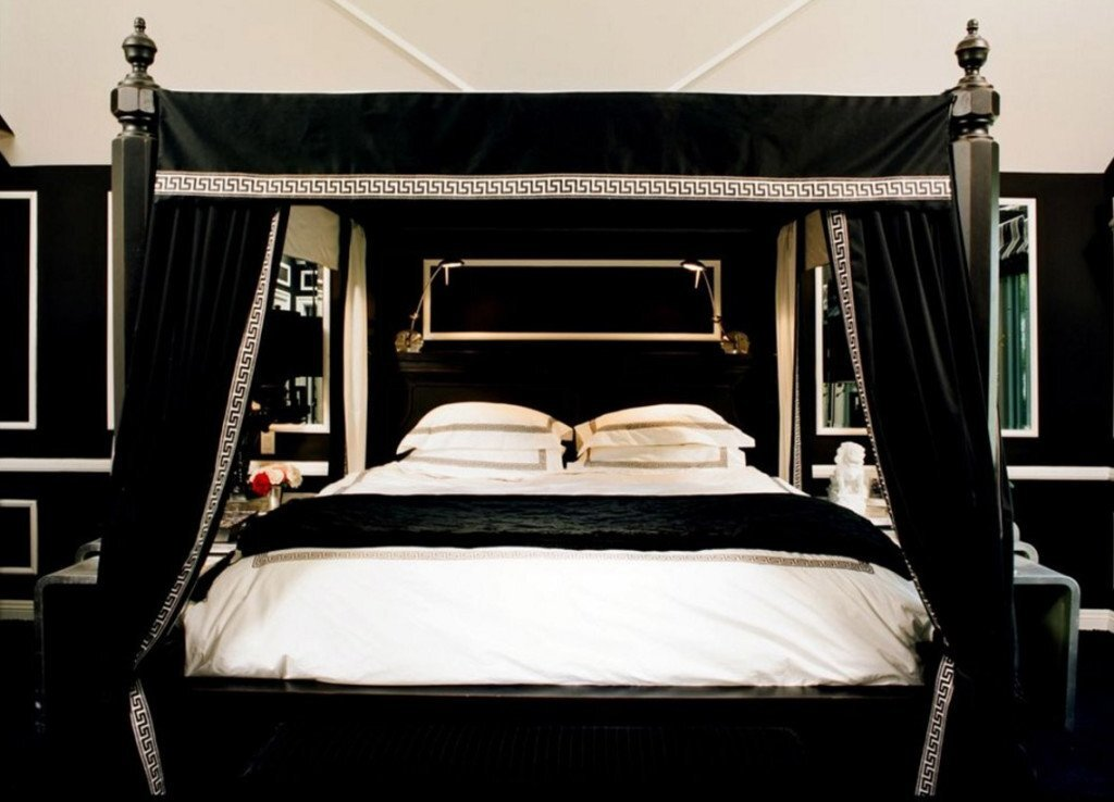Gothic Bedroom Ideas To Make An Attractive Bedroom