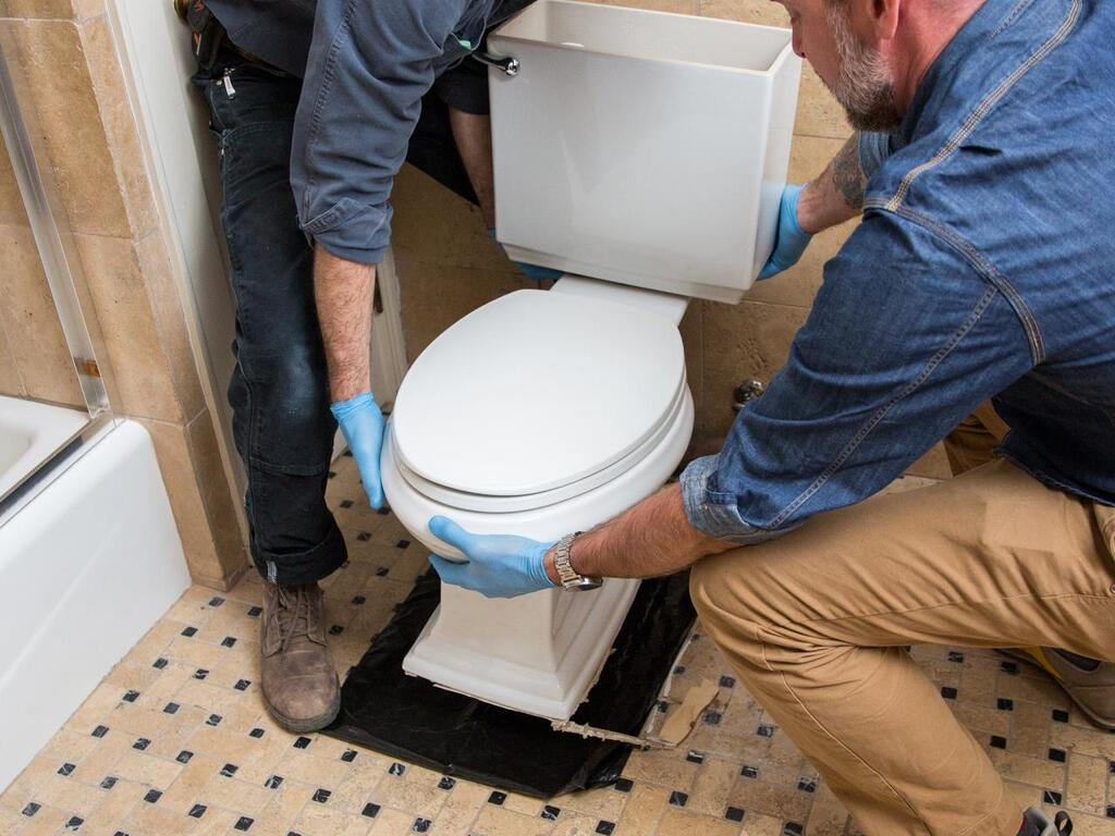 How to Remove a Toilet: A Step-By-Step Guide