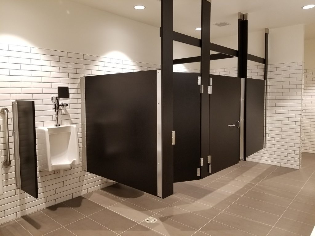 Benefits of Solid Plastic Bathroom Partitions