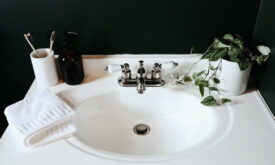how to remove sink stopper
