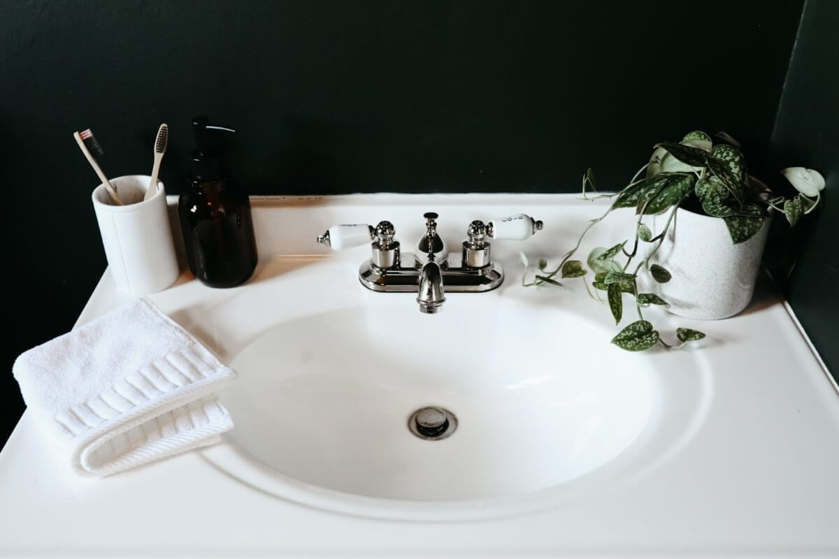 How to Remove Sink Stopper: 9 Easy & Effective Steps