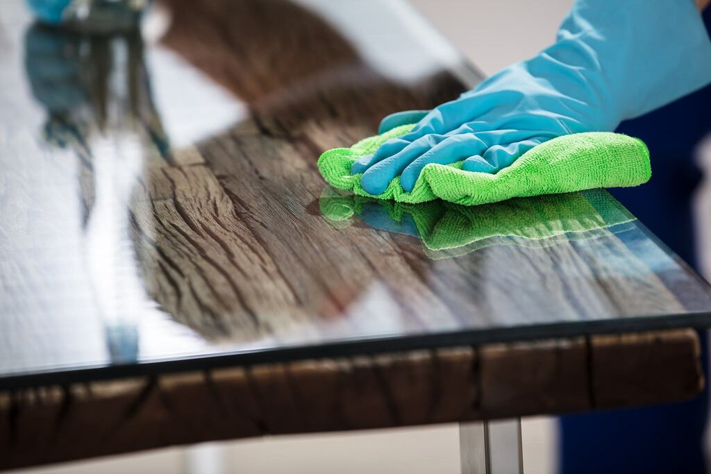 How to Remove Scratches from Glass table