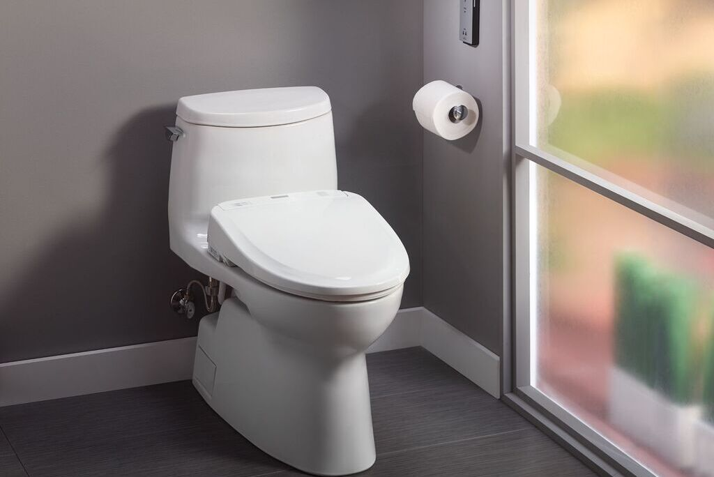 Difference Between the Toto S550e and 350e